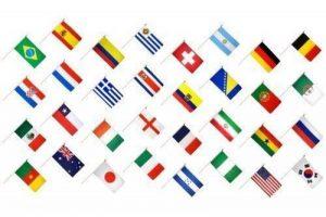 32x Petite Main agitant des drapeaux 15,2x 10,2cm–Russie Coupe du monde de football 2018Main Drapeau Lot de la marque Emblems-Gifts image 0 produit