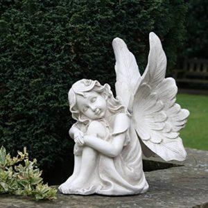 assis Fée avec tête allongé sur ses genoux 26cm Ange Jardin Ornement Statue Sculpture commémorative Effet pierre de la marque UKM image 0 produit