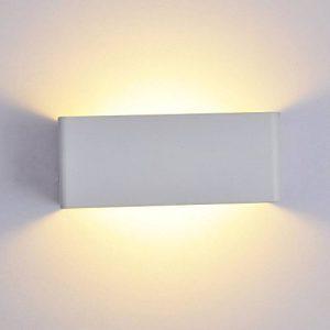 Bella Fontaine 8W LED Applique murale moderne Cube Forme carrée Lampe murale en aluminium blanc Up & fbh024Éclairage mural pour intérieur et extérieur 20* 8* 10cm Moderne blanc chaud de la marque Bellabrunnen image 0 produit