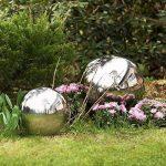 Blumfeldt Silver Globe - Boule de jardin décorative en inox V2A, surface polie haute brillance (30cm Ø, boule creuse pour flotter dans les bassins) - argent de la marque Blumfeldt image 3 produit