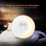 Coulax Lampe de réveil alarme chevet 6 sons naturel digital eveil lumière 7 couleur réglable soleil horloge veilleuse LED tactile FM Radio,chargeur USB de la marque COULAX image 1 produit