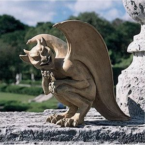 Design Toscano OS68829 Sculpture de Gargouille Légende de Cambridge Grand Résine de la marque Design Toscano image 0 produit