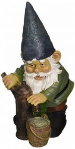 Design Toscano QM2433500 Jardin Statue de Gnome - Pompe à eau Pete Garden Gnome - Pelouse Gnome de la marque Design Toscano image 0 produit