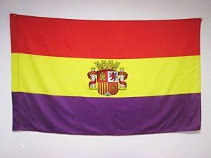DRAPEAU ESPAGNOL RÉPUBLICAIN AVEC ÉCUSSON 150x90cm - DRAPEAU ESPAGNE RÉPUBLICAINE 90 x 150 cm Fourreau pour hampe - AZ FLAG de la marque AZ FLAG image 0 produit