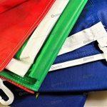 Drapeau Italie 150x100 cm en tissu nautique coupe-vent 115g/m², drapeau italien 150x100 professionnel lavable, drapeau 150x100 avec mousquetons, double couture périmétrique et bande de renfort de la marque Domina image 3 produit