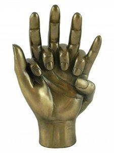 Enlacé Sculpture mains - un engagement de bronze fabuleux anniversaire ou idée de cadeau de mariage de la marque Fiesta studios image 0 produit