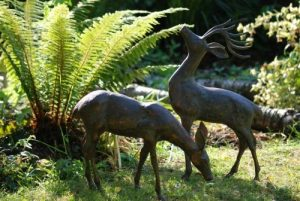Garden Ornaments Sculpture en Bronze Antique en forme de cerf de la marque Statues & Sculptures Online image 0 produit