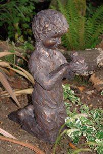 garçon avec grenouille Grande décoration de jardin de la marque Garden at Home image 0 produit