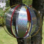 Girouette - Magic Crystal LASER - résiste aux UV et aux intempéries - Boule : Ø25cm, Hauteur totale : 100cm - incl. Tige en fibre de verre, cheville de fixation et système d'accrochage de la marque IMC Networks image 1 produit