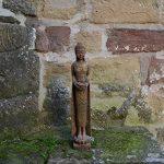 Grand moine bouddha en pierre fine couleur exklusiv en pierre coulée Résistance au froid de la marque gartendekoparadies.de image 1 produit