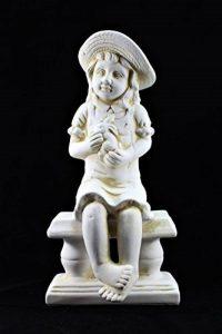 Grande Chérubin Jardin de Ornement en céramique Figure Blanc antique Petite fille de la marque Home and Garden Products image 0 produit