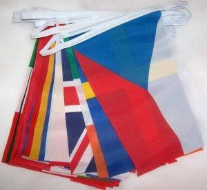 GUIRLANDE 6 mètres 28 DRAPEAUX 28 PAYS DE L'UNION EUROPÉENNE 15x10 cm - DRAPEAU EUROPÉEN - EUROPE – UE 10 x 15 cm - AZ FLAG de la marque AZ FLAG image 0 produit