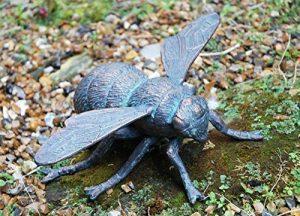 'Hazy jours' en fonte Bumble Bee avec un superbe Finition Vert-de-gris–Lovely ornemental Sculpture de jardin de la marque Black Country Metal Works image 0 produit