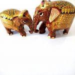 Jardin des arts Statue de figurine éléphant Royal/peinte à la main en bois sculpté Doré de style traditionnel de couleur de 2 de la marque Garden Of Arts image 1 produit