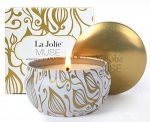 La Jolie Muse Bougie parfumée à la cire de soja à 100% Aromathérapie à la vanille et à la noix de coco pour soulagement de stress boite de voyage de 45Heures de la marque La Jolie Muse image 0 produit
