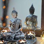 Large Ø 27cm argent statue figure Bouddha Photophore + Lot de 5 petites bougies et pierres de déco de la marque INtrenDU image 1 produit