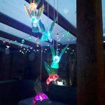 LEDMOMO Carillon à vent Solaire LED en forme d'oiseau-mouche Changeanet de Couleur Lampe led Solaire Etanche Carillon de vent Lumière Décoration pour Jardin,Maison,Fête de la marque LEDMOMO image 2 produit