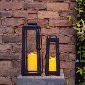 Lot de 2 x Lanternes Solaires Noires en Métal avec Bougie LED pour Jardin par Lights4fun de la marque Lights4fun image 0 produit