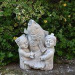 Lustige Statue de jardin japonais Koi poisson avec enfants en pierre au gel de la marque gartendekoparadies.de image 1 produit