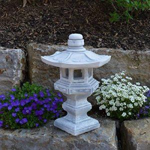 Magnifique lanterne de pierre Tachi-Gata Yukimi - En pierre coulée - Résistante au gel de la marque gartendekoparadies.de image 0 produit