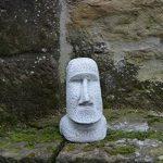 MOAI Statue Pierre de l'île de Pâques Tête visage en pierre Élément Décoration en fonte au gel de la marque gartendekoparadies.de image 1 produit