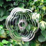 Mobile à vent fleur en acier à suspendre, pour le jardin de la marque Gardens2you image 1 produit