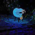 Mouton Avec Marguerite Lumineux Solaire en Métal Noir et Blanc LED Éclairage Blanc et Couleur Changeante 26cm Hauteur de la marque Smart Garden image 1 produit