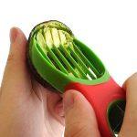 Nouveau coupe-avocat 3-en-1 avec couteau, dénoyauteur, éplucheur, lame en éventail pour extraction. Élu meilleur gadget de cuisine. Ustensile idéal pour la préparation des salades. En moins de 60 sec de la marque Chef Remi image 1 produit