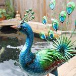 Primus® Statue de jardin réaliste en forme de paon faisant la roue, en métal, peinte à la main, aux couleurs éclatantes pour l'intérieur ou l'extérieur; taille grandeur nature, réaliste de la marque Primus Garden Art image 2 produit