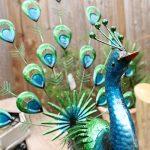 Primus® Statue de jardin réaliste en forme de paon faisant la roue, en métal, peinte à la main, aux couleurs éclatantes pour l'intérieur ou l'extérieur; taille grandeur nature, réaliste de la marque Primus Garden Art image 3 produit