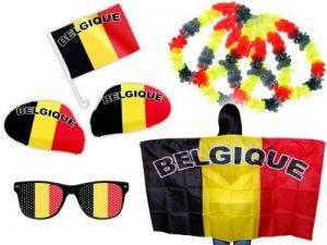 PROMOTION: Kit XXL supporter Belgique België Belgium (FP-14) Ensemble de 9 pièces: 2 x housses pour rétroviseur , 1 x drapeau pour voiture ,1 x Cap poncho , 1 x Lunettes à grille à trous, 4 colliers rouge jaune noir Les Diables Rouges Rode Duivels Die rot image 0 produit