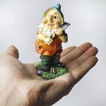Set de mini gnomes de jardin, ensemble de mini statues des sept nains avec champignons et outils (7 pièces) de la marque WZ image 2 produit
