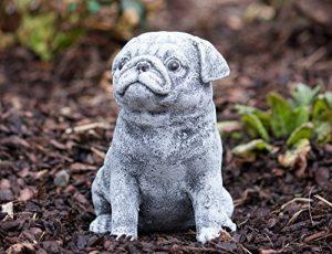 Statue chien Carlin, au gel et aux intempéries-massif en pierre … de la marque Stone and Style image 0 produit