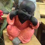 Statuette XXL : Les 3 moines de la sagesse assis Color Line, H 35 cm de la marque SG image 2 produit