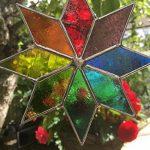 Étoile du vitrail Suncatcher, Art de verre teinté multicolore Sun catcher, Attrape-soleil - Colin Rhodes de la marque Colin Rhodes Designs In Glass image 1 produit