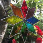 Étoile du vitrail Suncatcher, Art de verre teinté multicolore Sun catcher, Attrape-soleil - Colin Rhodes de la marque Colin Rhodes Designs In Glass image 2 produit