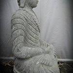 wanda collection Statue exterieur jardin zen Bouddha en pierre volcanique assis collier 80 cm de la marque wanda collection image 1 produit