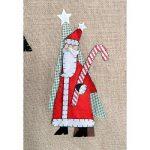 WeRChristmas Père Noël et bonhomme de neige 3D 122cm jupe de sapin de Noël, marron, multicolore de la marque WeRChristmas image 2 produit